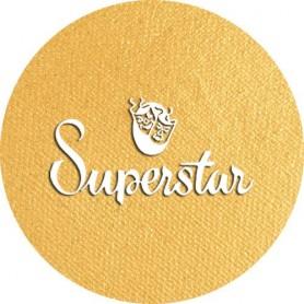 Maquillage artistique Superstar or métallisé avec paillettes