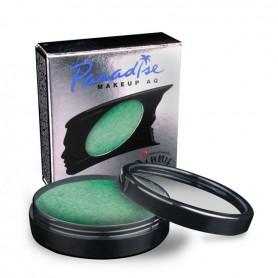 Maquillaje artístico verde metalizado.