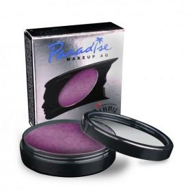 Maquillaje artístico púrpura metalizado.