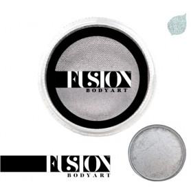 Maquillaje artístico plateado metálico Fusion
