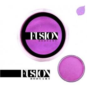 Maquillaje artístico magenta metálico Fusion